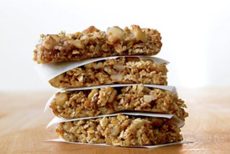 The Nickel Pincher: The Best Snack Youll Ever Make http://www.rodalenews.com/energy-bar-recipes