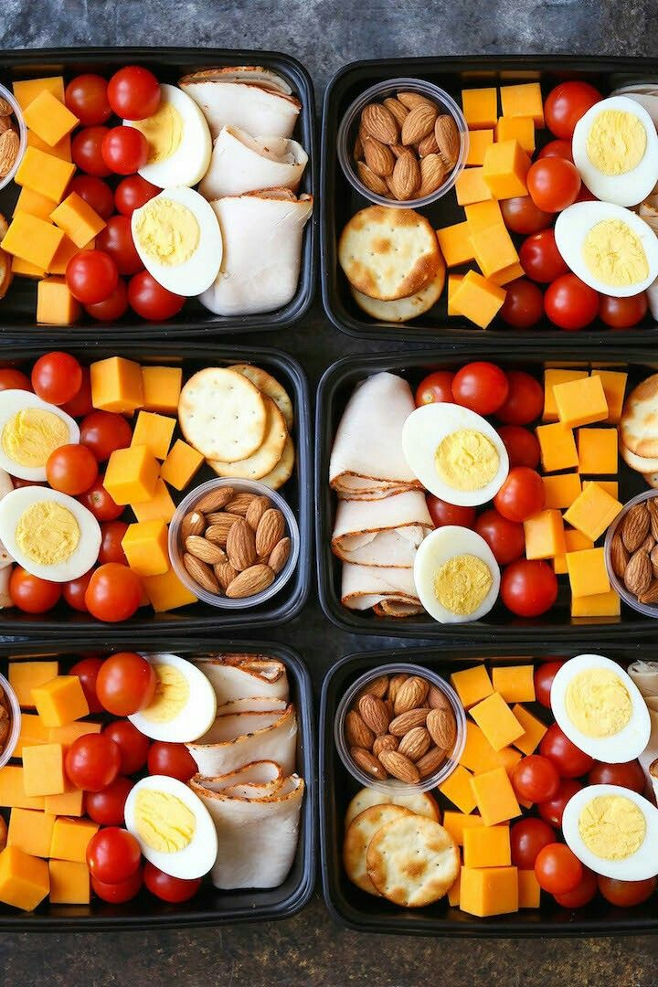 Cheese, cherry tomatoes, almonds, turkey, crackers, and hard boiled egg. Lunch meal prep