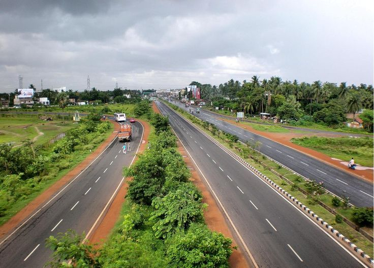 Durgapur Expressway, WB at the NH2 (Delhi Rd) /NH6 (Mumbai Rd) interchange
