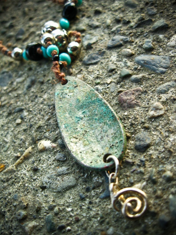 823 best diy jewelry images on pinterest jewelry making necklaces jewelry from fishing lures do it yourself solutioingenieria Gallery