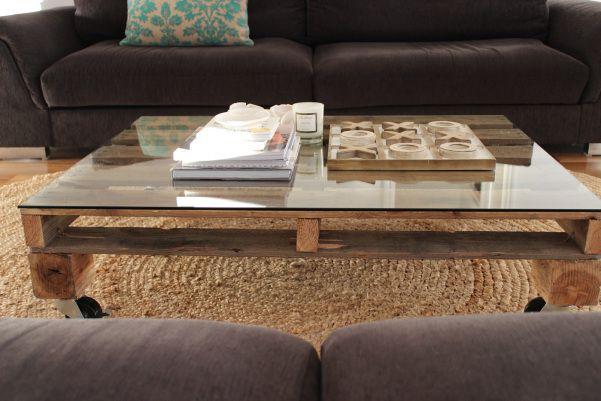 Mesa de centro hecha con palets pallets table mesa for Decoracion con palets