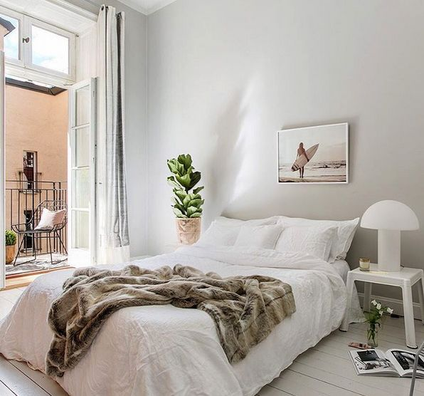 Brun fuskpälspläd. Pläd, fuskpäls, filt, fäll, päls, sovrum, vardagsrum, sängöverkast, säng, inredning, möbler. http://sweef.se/15-pladar-kuddar