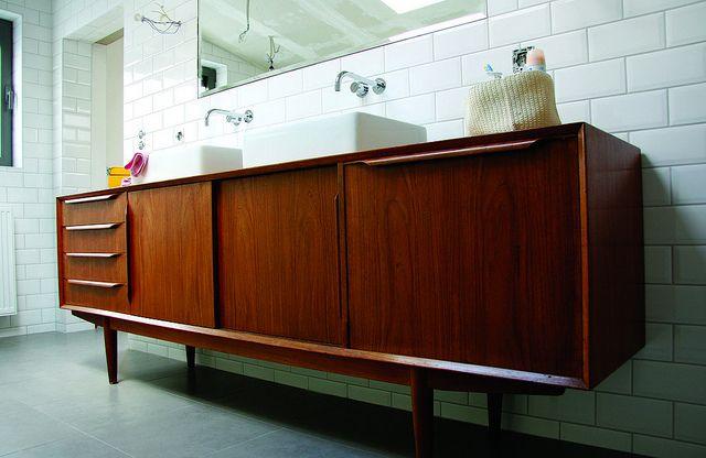 Bathroom - almost finished by Mamasha op Flickr, via Flickr