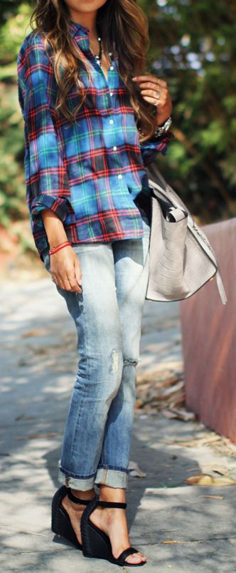 Give your light washed boyfriend jeans a fall update by pairing them with a plaid button up and classic wedges. Love this look for fall
