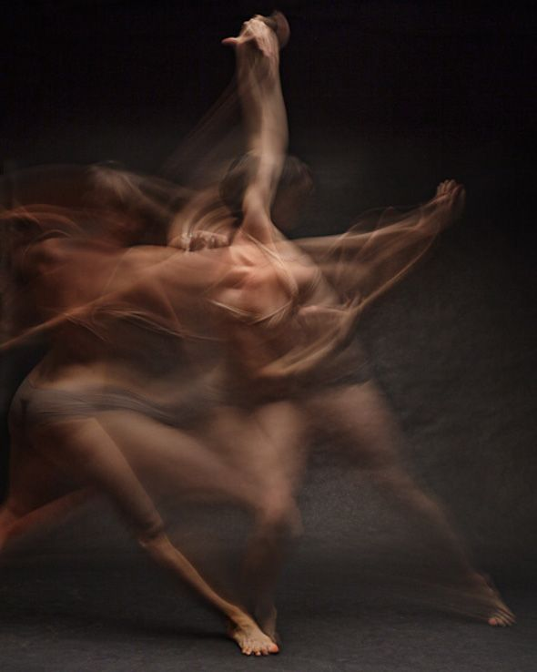 artist Bill Wadman has captured 9 dancers in flowing motion with long exposure photography.