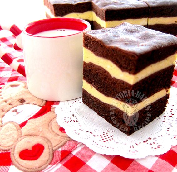 steam chocolate cream cheese layer cake