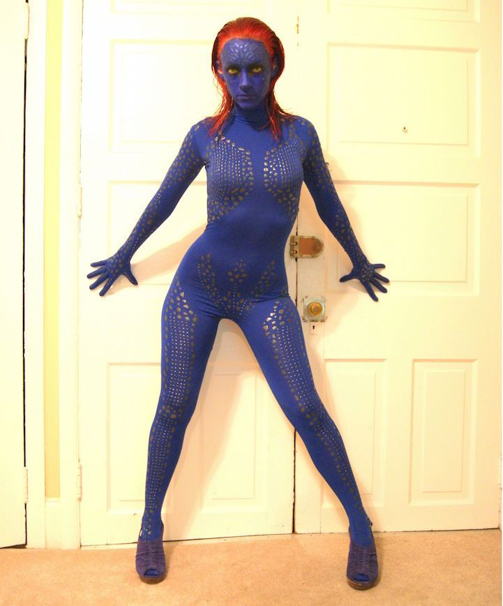 This Mystique Costume Took Ten Hours to Create #xmen #costume trendhunter.com