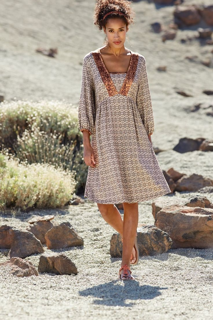 ein wunderschönes kleid im natürlichen braun #kleid #braun