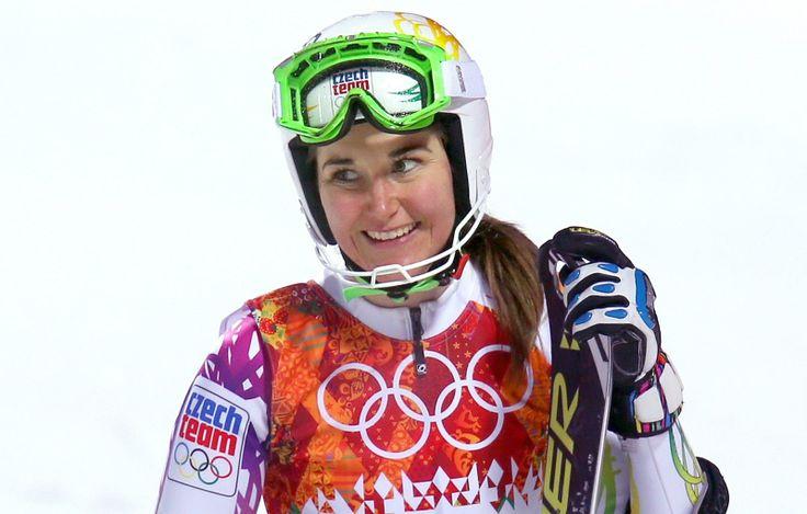 Česká lyžařka Šárka Strachová po druhé jízdě olympijského slalomu. (21. února 2014)
