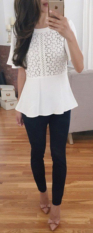 #summer #outfits White Lace Top + Black Skinny Jeans + Nude Bow Pumps