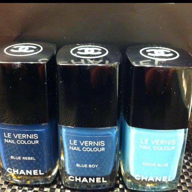 Jeans de Chanel: Blue Nail Polish, De Chanel, Jeans De, Hair Face, Diy Wedding, Blue Nails