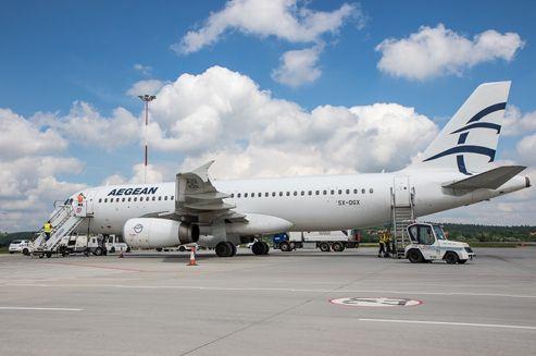 21 czerwca tradycyjnym salutem wodnym powitano nowego przewoźnika w Kraków Airport – linię lotniczą Aegean. Kraków Airport jest jedynym portem regionalnym w Polsce, z którego największy grecki przewoźnik oferuje połączenia. Po czterech latach w ofercie Kraków Airport ponownie znalazło się połączenie do Aten.