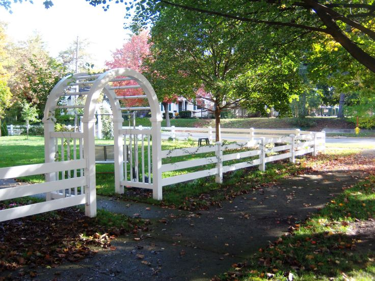 Best 25 Farm Fence Ideas On Pinterest Farm Fencing