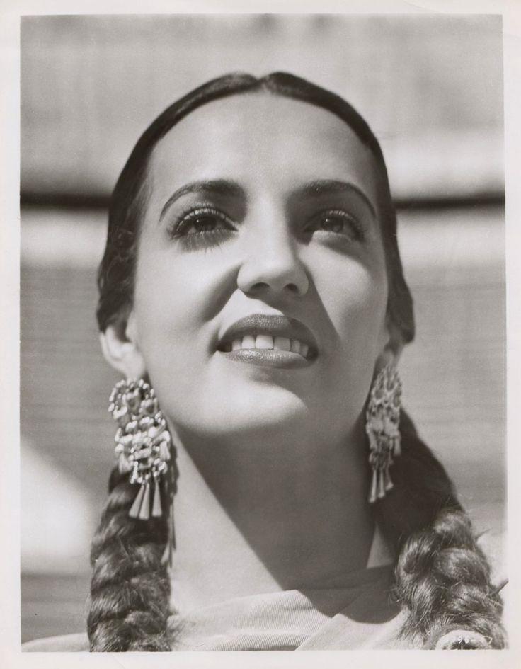 Katy Jurado (January 16, 1924 – July 5, 2002), Mexican actress.