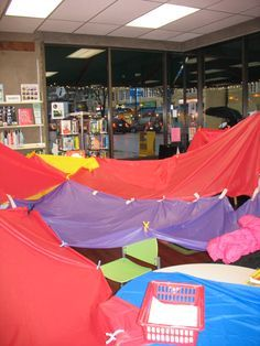Family Fort Night is a fun and playful library program. This post has instructions and a list of supplies to try it out for yourself!