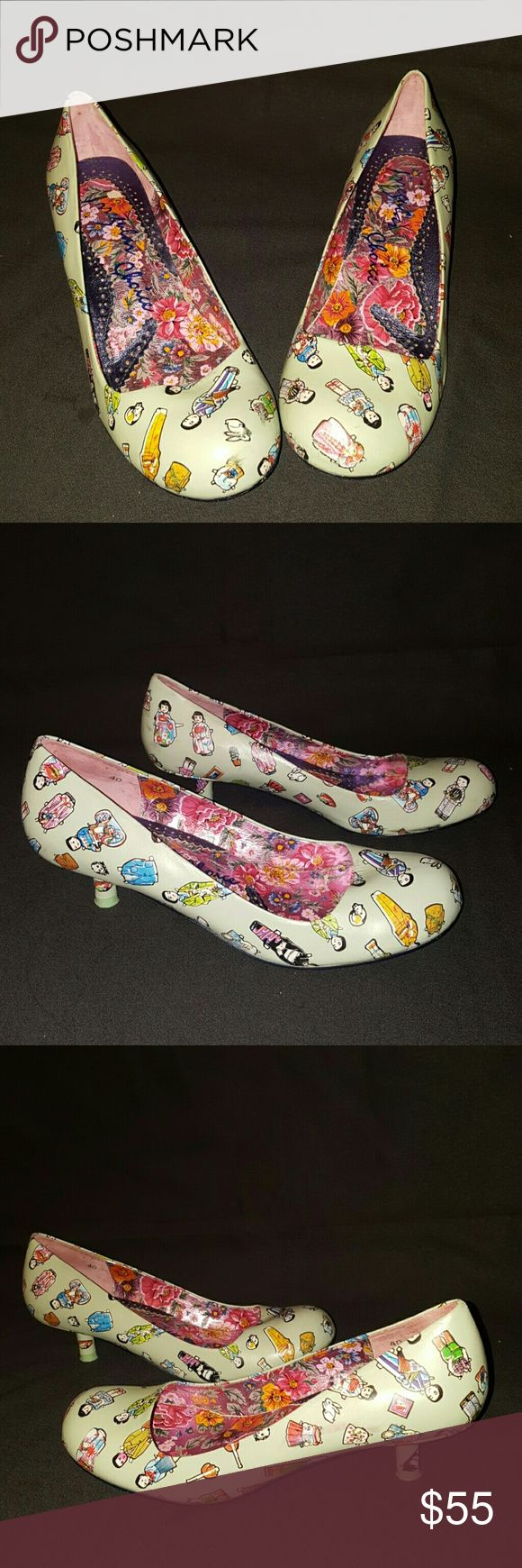 "Irregular Choice Light Blue Heel Pumps Paper Doll Up for offers is a very fun pair of Irregular Choice Light Blue Heel Pumps Paper Doll Geisha Women's Euro size 40  These pumps are in great pre- owned condition with minimal signs of wear in and out. There are a few slight scuffs and scratches on upper. Please see all photos for more details and condition .  Size: 40 USA 8.5-9) Color: Light Blue with Multi- Color Grishas Print Heel Height:1.25"" Thank you for looking! Irregular Choice  Shoes…"