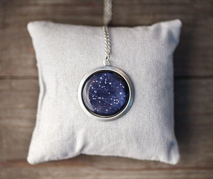 Sanatlı Bi Blog Kozmik Takı Tasarımları ile Uzayın Sonsuzluğunu Keşfedin 11
