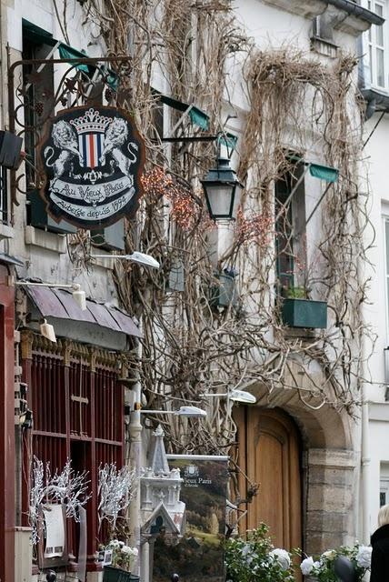 Le Vieux Paris, one of Paris oldest restaurant