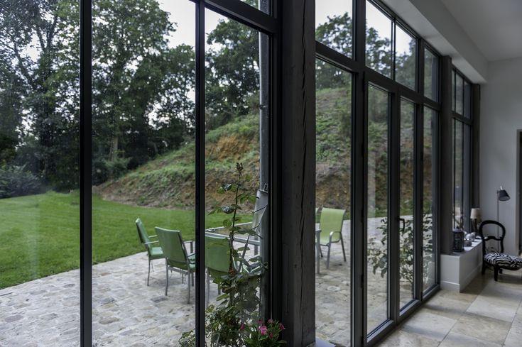 Ch ssis en aluminium couleur gris quartz r alisation de for Architecture classique