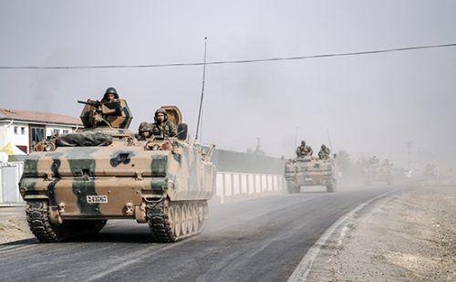 Эрдоган объяснил операцию вСирии необходимостью «свергнуть Асада» http://mnogomerie.ru/2016/11/29/erdogan-obiasnil-operaciu-v-sirii-neobhodimostu-svergnyt-asada/  Президент Турции Реджеп Тайип Эрдоган заявил, чтовооруженные силы его страны вошли вСирию длясвержения режима действующего президента Башара Асада Турецкие военные вошли вСирию, чтобыположить конец правлению президента Башара Асада, заявил президент Турции Реджеп Тайип Эрдоган. Об этом сообщает Hyrriyet Daily News. «По моим…