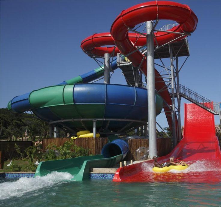Wild Waves Water Park - Super Bowl ride and Boomerango Tube