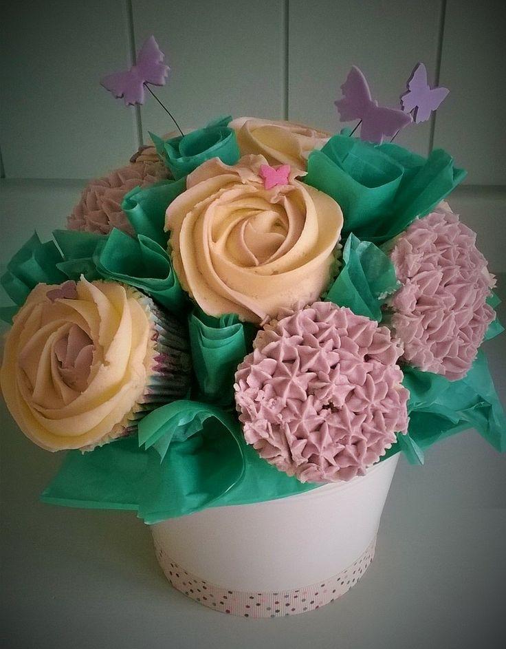 Cupcake Bouquet by Little Aardvark Cakery (www.littleaardvarkcakery.com)