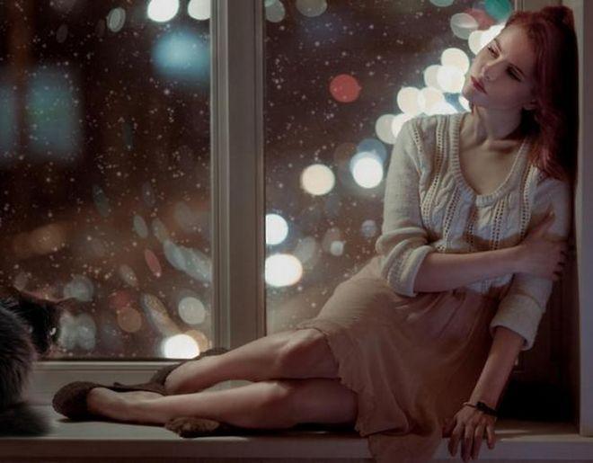 Психологическая помощь при разводе женщинам Развод – это непростое испытание для обеих сторон.  Это результат длительных конфликтов, разочарования и наступления нового периода в жизни людей. Такая ситуация вызывает сильный стресс, поэтому психологическая помощь при разводе просто обязательна.  На месте где была семья, наступает пустота.  Человек чувствует утрату от расставания, обиду, чувство вины, боль и другие негативные чувства. Во власти подобных чувств трудно двигаться по жизни…