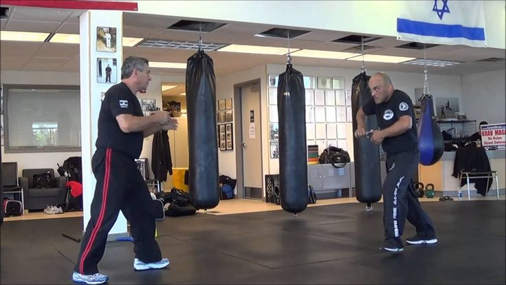knife defence by Grand Master gidon of the israeli krav maga assosiation...