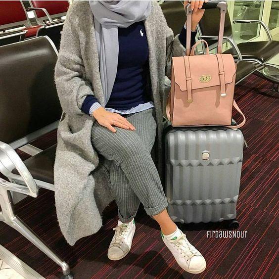 Hijabi traveling style – http://www.justtrendygirls.com/hijabi-traveling-style/
