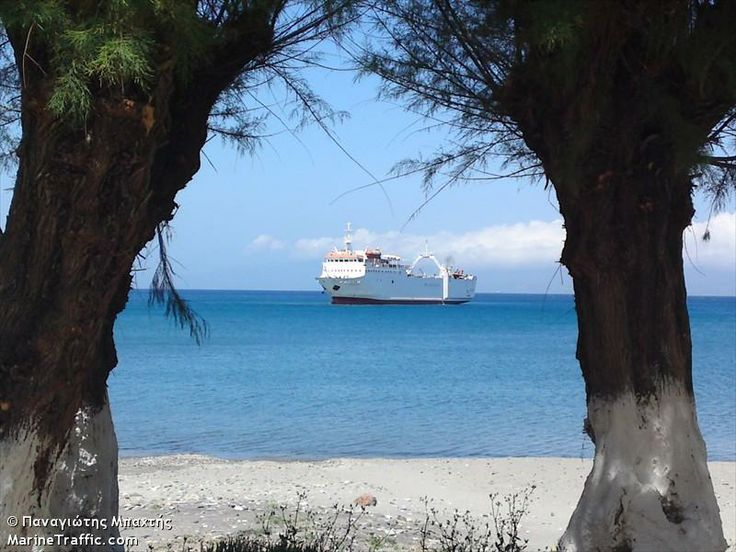 #Ferry #Porfyrousa #Neapoli #Kythira #Greece http://www.information.kythira.info/en/ferries/