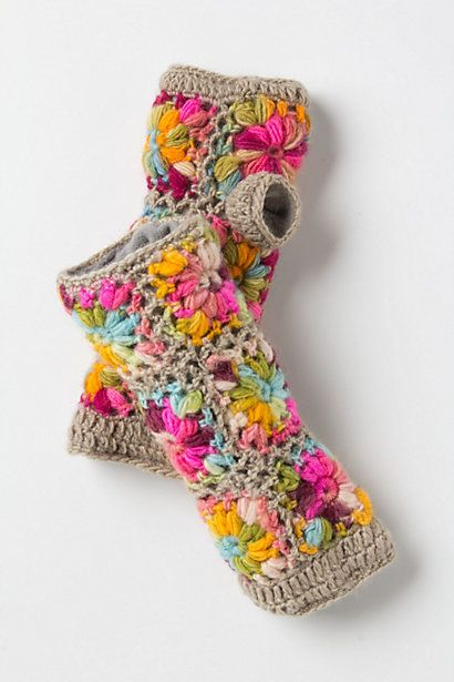 Crochet gloves/warmers fr Anthropologie. No pattern. For inspiration only.