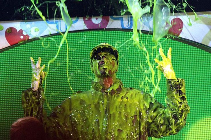 Snoop Dogg Slimed ►KCAs 2011