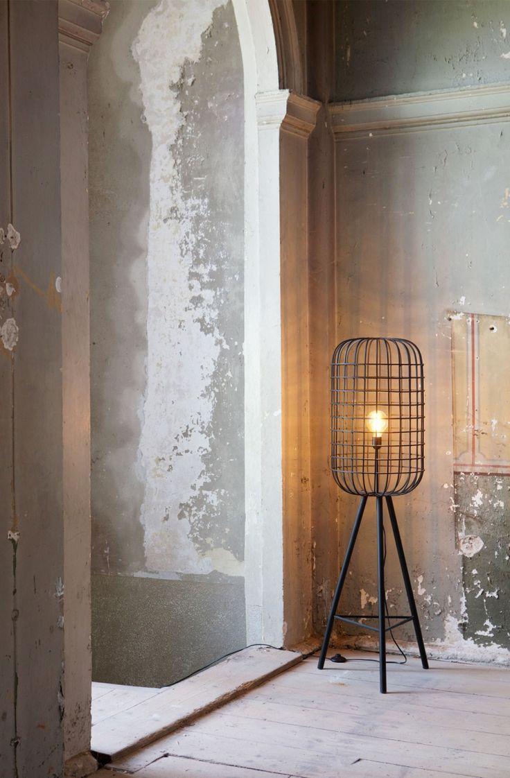 BePureHome Vloerlamp Hurricane - Hoogte 144 cm - Metaal - Zwart Woonvondst: stoere vloerlamp met kooiconstructie
