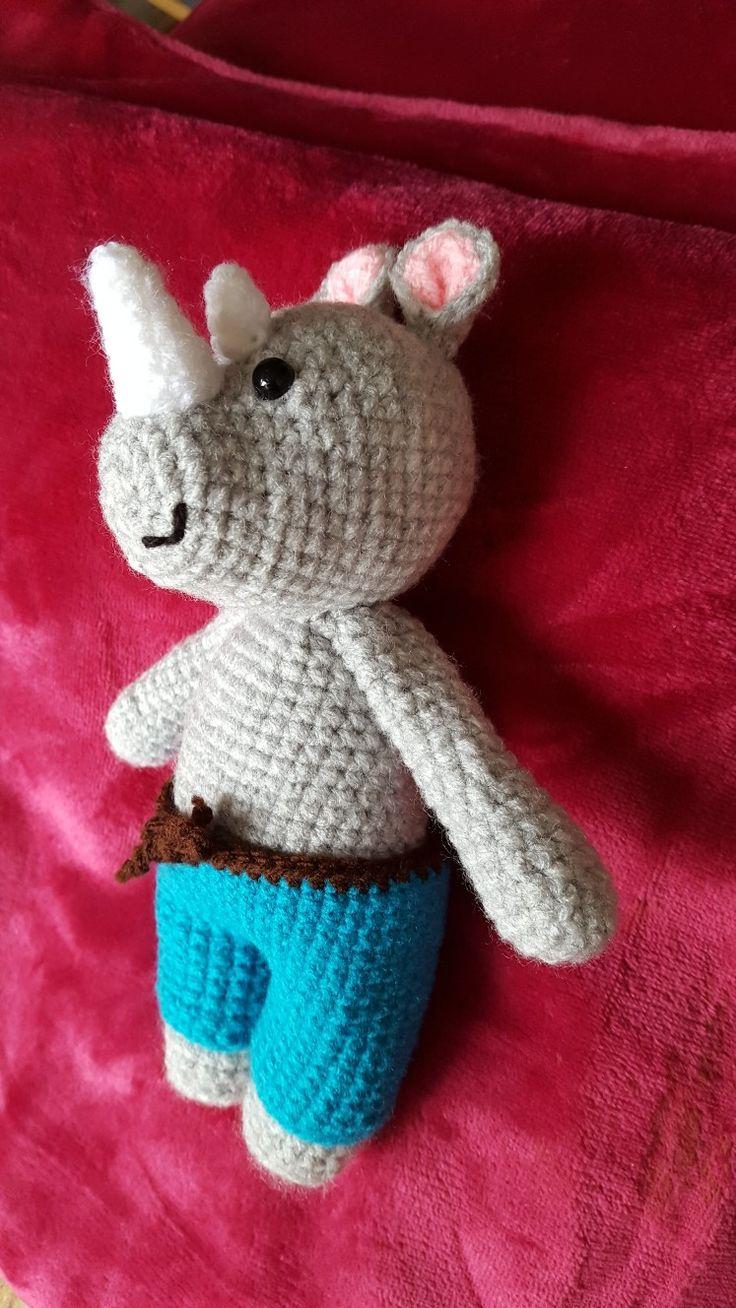 Háčkovaný nosorožec / crochet rhino