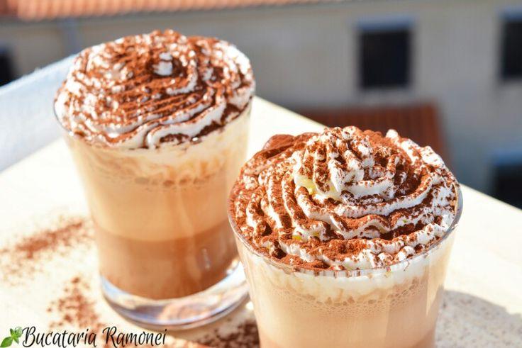 Sleiți de putere și moleșiți de căldură? Este timpul pentru un refreshment pe bază de cafea. Urmărește rețeta pentru a afla cât de ușor este să pregătești unul dintre cele mai bune frappè: http://bucatariaramonei.com/recipe-items/frappe-cappuccino/ #frappe #cappuccino #caffe #frapuccino #reteta #cafea #coffee #panna #pannamontata #cacao