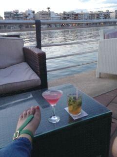 Cocktails and Slinks in Spain - #haveslinkswilltravel #interchangeablesandals #sandals #slinks