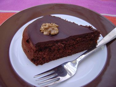 Notre recette de gâteau au chocolat est toute simple et rapide à cuisiner. C'est bon à s'en lécher les doigts.