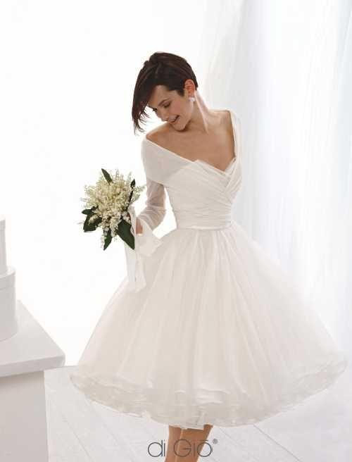 Le spose di Giò abito da sposa corto collezione classica 2011