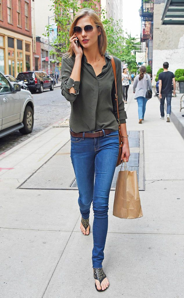 Is that Taylor Swift? Nope, it's her lookalike pal Karlie Kloss in a casually chic outfit topped off with delicate round sunnies!