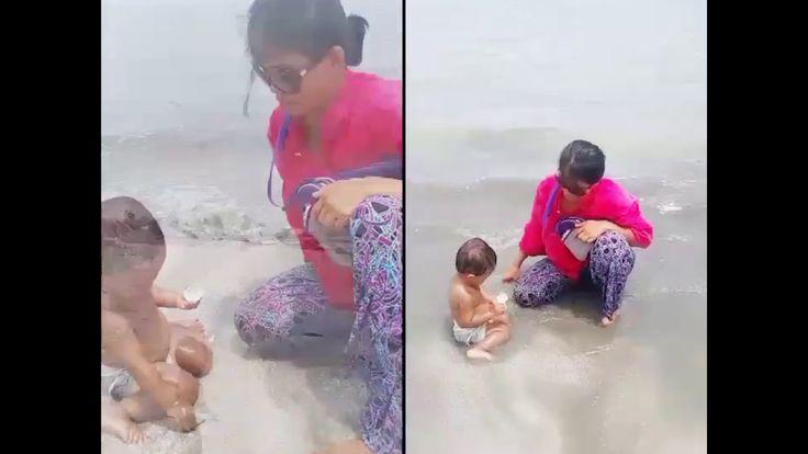 Baby playing on the beach | Bayi lucu main di pantai