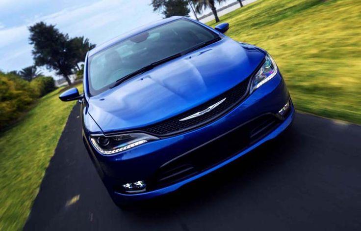2018 Chrysler 200 overview
