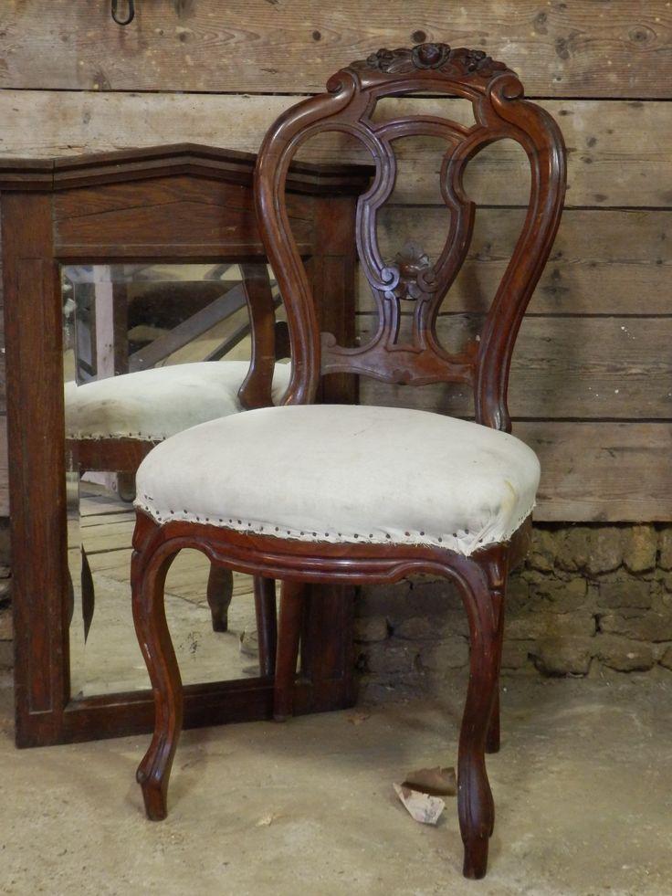Verkocht prachtige brocante stoel echt oud geweldig om op te knappen je moet hem namelijk - Smeedijzeren stoel en houten ...