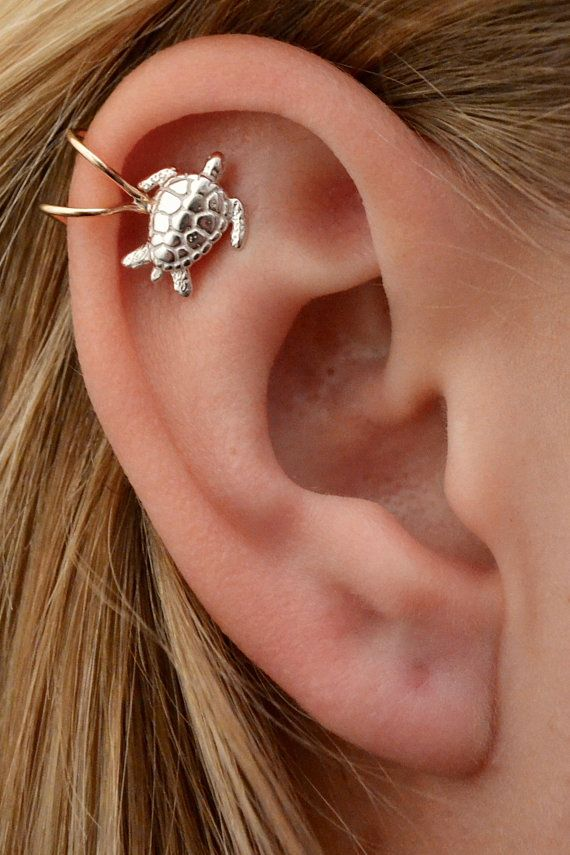b2a2d4972 This beautiful sea turtle high ear cuff needs no piercing and allows you to  bring the spirit of the ocean with you wherever you go!