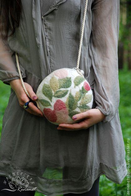 """Валяная сумка """"Нежность розы"""", $65"""