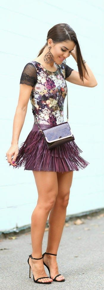 LOOK OF THE DAY: FLORAL BODY AND FRINGES!