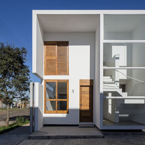 pinned by www.modelina-architekci.com AV Houses by Corsi Hirano Arquitetos