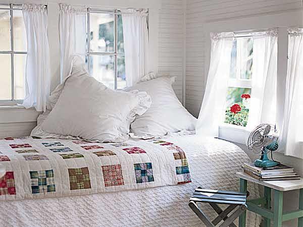 Cottage Bedroom with Quilt: Beds, Window, Cottages Bedrooms, Bedrooms Design, Sleep Porches, Quilts, White Bedrooms, Guest Rooms, Bedrooms Decor
