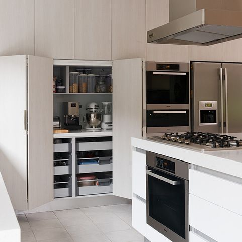 Bi Fold Doors Kitchen Design Ideas, Pictures, Remodel and Decor