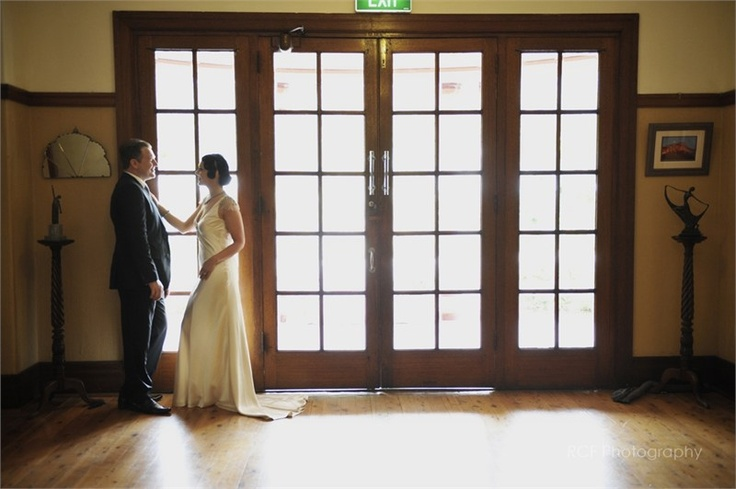 French doors & bride & groom at Glen Davis Boutique Hotel