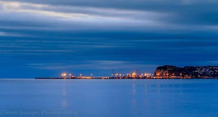 A wonderful shot of the port by @gswayn ・・・ #napierport #napier #nz #hometown #hawkesbay #beach #sea #canon70d #instagood #GreatThingsGrowHere